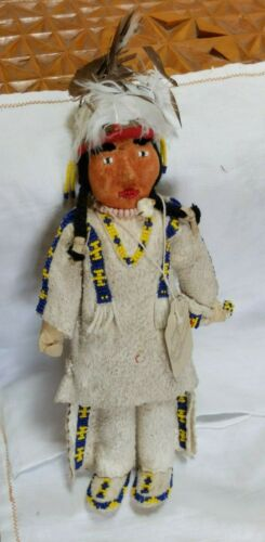 Antique Fort Belknap Reservation Leather Beaded Native American Doll Head Dress