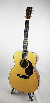 Martin 1000018 000-18 Standard Series Acoustic Guitar & Hardshell Case OPEN BOX
