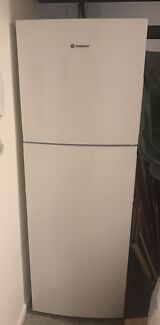 Westinghouse 280L topmount fridge