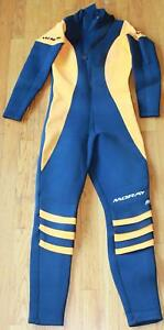 Moray 6mm Wetsuit  Size Small