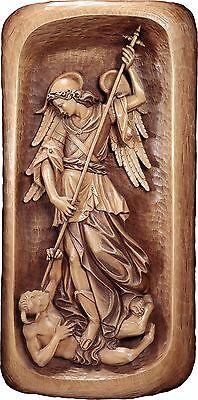 <br />S.Michele Rilievo in Legno.Cm.80x40St.Michael wood-carved Relief 31,49x15,,74demi model 125080 NUOVO In legno scolpita a mano --WOODEN WORK
