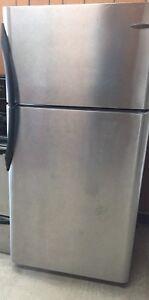 refrigirateur livraison / fridge delivery