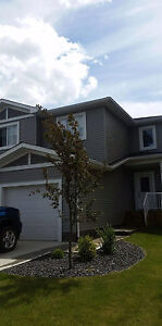 LIKE NEW!  3 BDRM HOME AVAILABLE NOW IN FORT SASKATCHEWAN