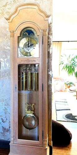"""Vtg Howard Miller Grandfather Clock 80""""Tall White Washed Oak Keeps Perfect Time"""
