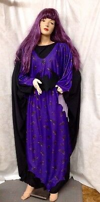 Purple Lady Wizard Gown With Bat Motif And Long Purple Wig](Wizard Gown)