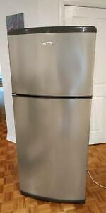 Whirlpool Refrigerator 410L in great condition