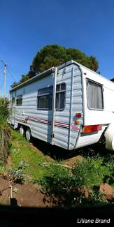 Caravan windso pop top 18 feet. Air condition, unregistered. Lockyer Valley Preview