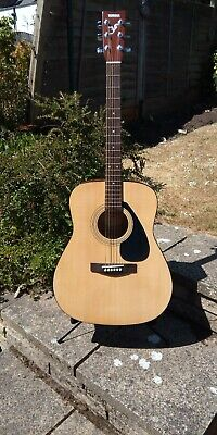 Yamaha F310.. Acoustic Guitar.