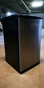 Whirlpool 120 litre stainless bar fridge