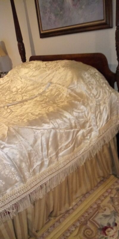 VINTAGE ITALIAN SATIN TAPESTRY CHERUB BEDSPREAD MADE IN ITALY Queen/Full size
