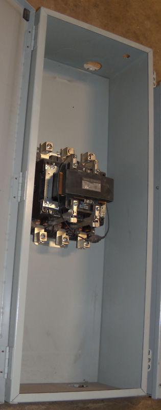 General Electric 200A Contactor enclosed CR360L613**AAZ