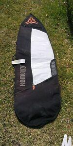 Komunity surfboard cover 6'6