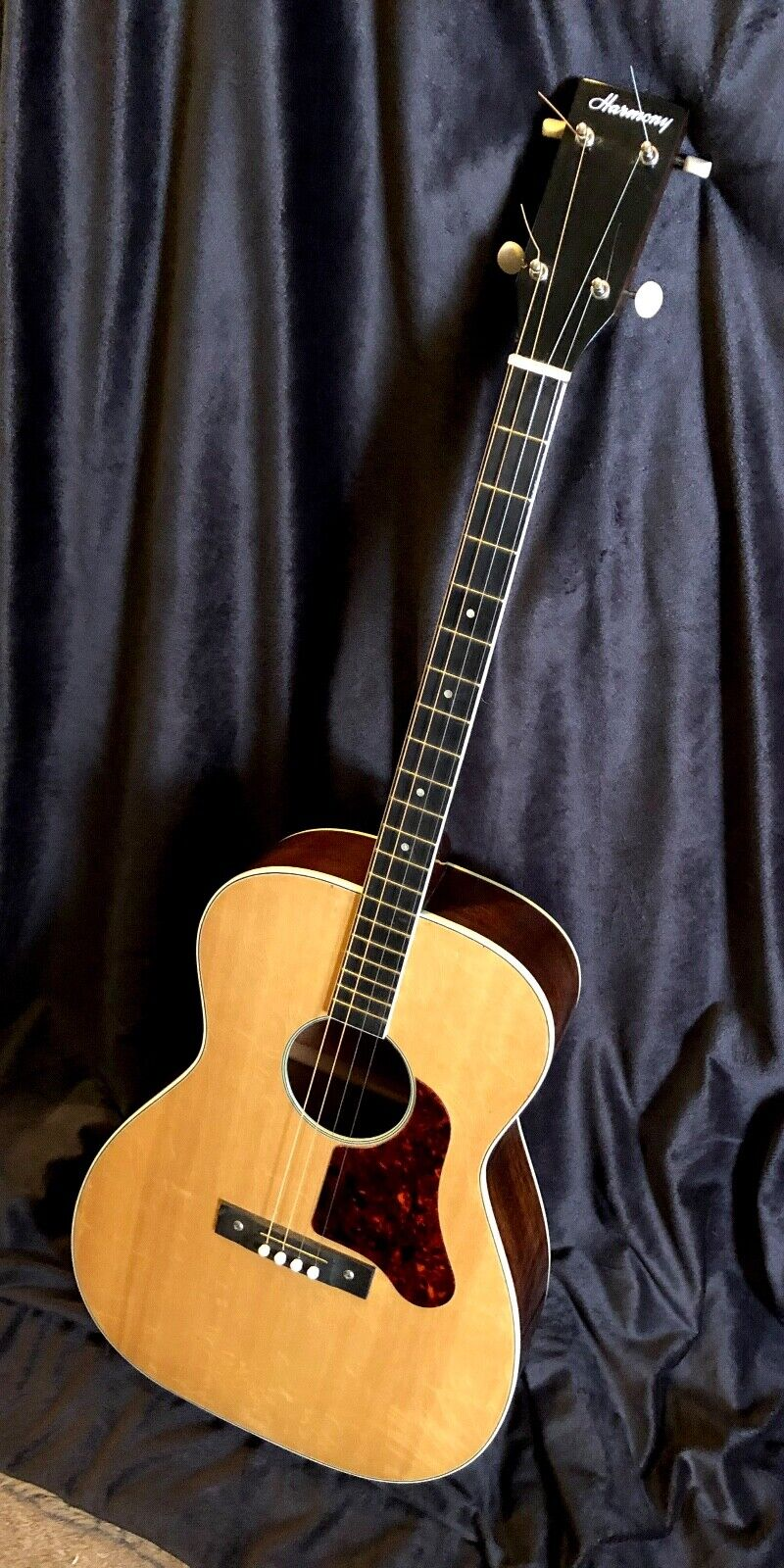 Harmony Tenor Guitar Good Condition Serial 425H1201 W Original Case - $350.00