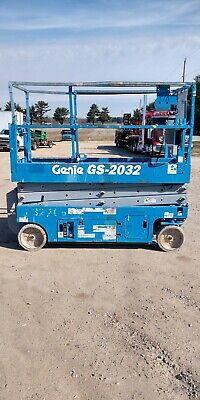 Genie Gs 2032 20 Electric Scissor Lift Aerial Manlift Platform 24v