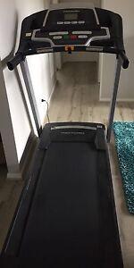 Pro form treadmill Eleebana Lake Macquarie Area Preview