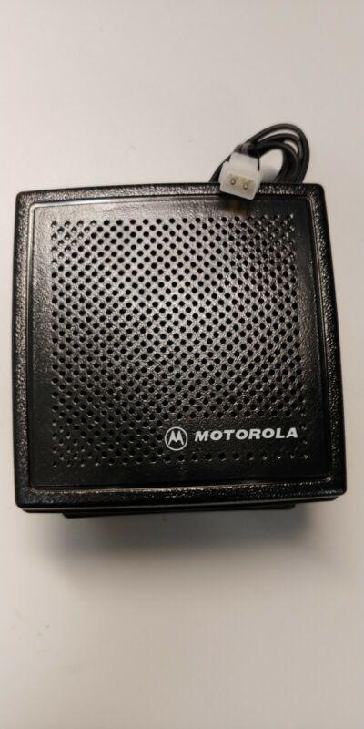 New Motorola HSN4032B External Speaker W/Bracket 13W 2 Pin Connector