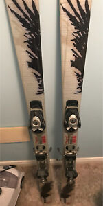 Men's ski set with boots, skis and bindings
