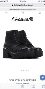 L'intervalle Scully Black Leather Platform Boots