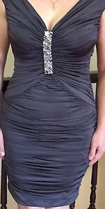 Beautiful Le Chateau party evening dress size 08 like new  London Ontario image 3