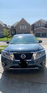 2016 Nissan Pathfinder SL AWD 48000 fully loaded perf condition