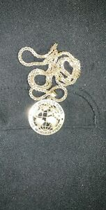 10k Gold chain with pendant