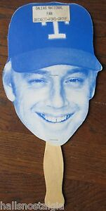 Buddy-Bell-Head-Face-on-Paper-Fan-adv-Dallas-National-1984-Texas-Rangers