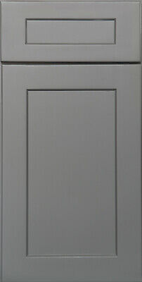Shaker Gray Painted Kitchen Cabinets All wood, in stock Sample door-RTA