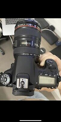 Canon EOS 70D With 24-105mm EF IS USM Lens