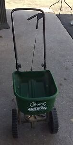 Scott's spreader