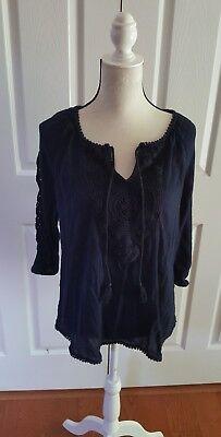 (Crown & Ivy blue size large top tunic 3/4 sleeve crochet trim v neck )