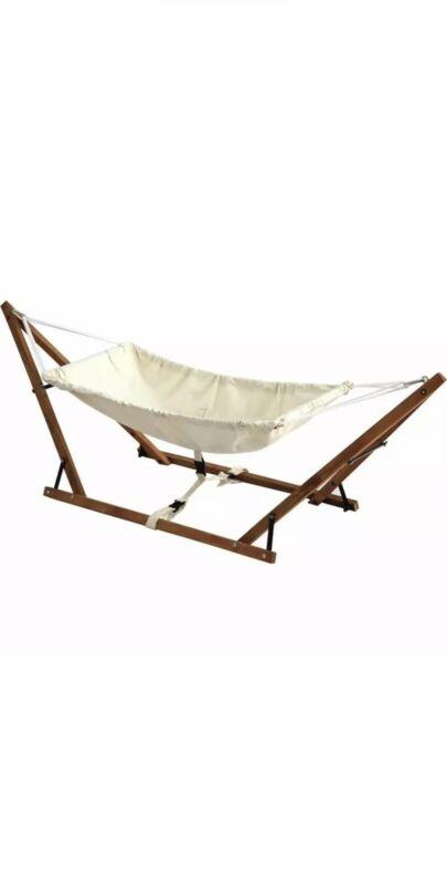 Fodable baby hammock