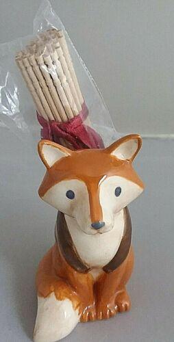 VINTAGE FOX TOOTHPICK HOLDER W/PICKS 3 IN VERY CUTE