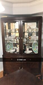 Selling dinning set with China cabinet