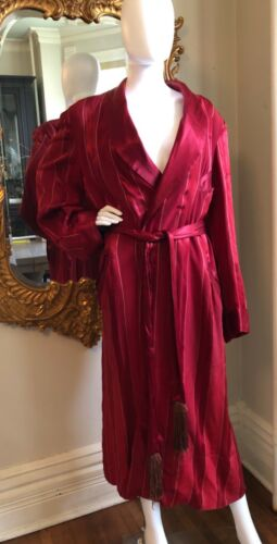 Vintage Mens Smoking Jacket Burgundy Wine Red Satin Silk 1940s M/L