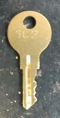 Vendesign Candy Machines Coin Funnel Key 602