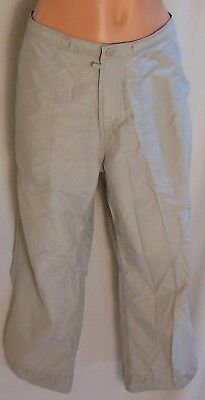 COLUMBIA Khaki Cargo Capri 4-Pocket Active Wear Pants Size M (31 x 24 Actual)