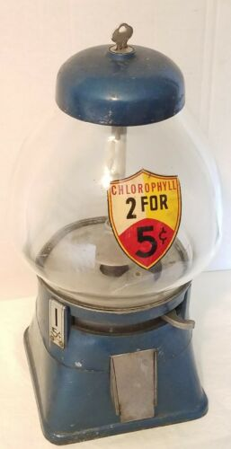 Chlorophyll 5 Cent Gumball Machine w Key Original vintage vending works