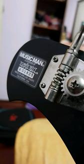 Ernieball Musicman S.U.B Made In America w/ Elixir Bass Strings