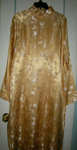 Vintage Gold Brocade Traditional Long Sleeve Cheong-sam Dress, Plus Size 48