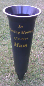 IN-LOVING-MEMORY-GRAVE-FLOWER-VASE-WITH-SPIKE-10-FAMILY-OPTIONS-AVAILABLE