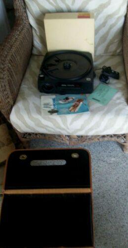 Vintage KODAK CAROUSEL 650H Projector w/ remote,case, for Refurbishing