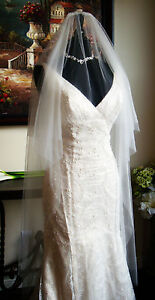 Authentic-Maggie-Sottero-Amy-V7022-Light-Gold-Lace-Wedding-Dress-with-Silk-Veil