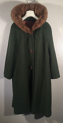 Vintage 50's 60's Green Wool Sears Fashion Coat Genuine Mink Collar USA made