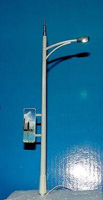 TEN LAMP POST LIGHTS SET W/BILLBOARDS 3V RAILWAY/VILLAGE SCENE (O,S, HO) SCALE!