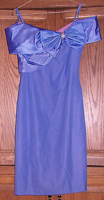 LATE EDITION WOMEN'S VIOLET  FORMAL DRESS SIZE 8 on Rummage