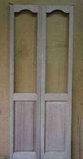 TIMBER BI FOLD DOORS - CURVED TOP - BRAND NEW