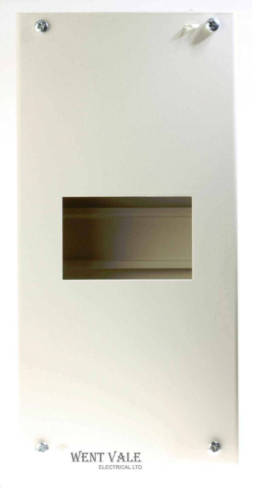 Schneider Multi 9 - 14599 - 4 Way G9 IP30 Sheet Steel Enclosure New