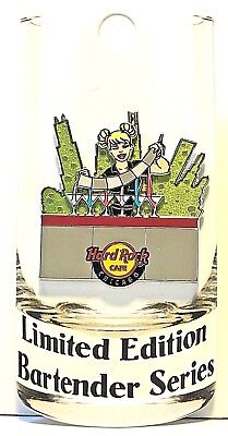 Hard Rock Cafe Chicago Pin Bartender Series  2018 HRC IL LE New # 98113