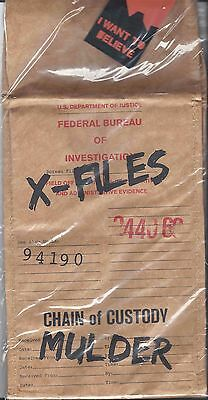 Nerd Block Exclusive X-Files Chain of Custody Mulder lunch Bag evidence bag New