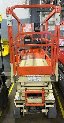 Jlg 2032-e2  20 Ft. Height Platform Lift Excellent Condition